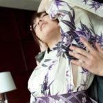 エロいカラダした美人さんがチラ脱ぎ着物・和服でオトナの悪戯してくれる画像が即ヌキ確実ww[29枚]