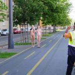 外人美女が町中で全裸で露出してる画像まとめ[40枚]