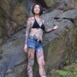刺青&タトゥーが入った女の子が淫乱ボディを見せてくれる画像を眺めようジャマイカ[40枚]