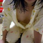 絶品巨乳の美女が卑猥なポーズしてる画像から目が離せない[47枚]