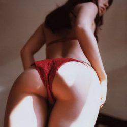 美人さんがTバックで淫乱ボディを見せてくれる画像がアツい![42枚]