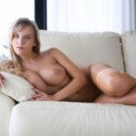 エッチ好きそうな女の子の陥没した乳首画像がたまらんエロさ[29枚]