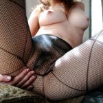 網タイツ美人さんがエロ脚と太ももを見せてくれる画像[38枚]