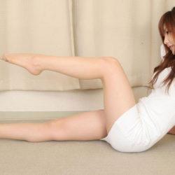 女の子がエロい脚のラインを強調してる画像を眺めようジャマイカ[31枚]