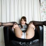 美女がストッキングミニスカでエロい美脚とか太もも晒してる画像、俺氏が3回抜いたのがコチラ[33枚]