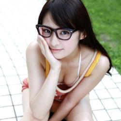 ちょっと地味めなメガネ娘がオトナの悪戯してくれる画像が欲しいんだが[46枚]