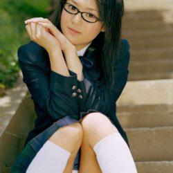 色気のあるメガネかけた女の子がエロい事してる画像がアツい![43枚]