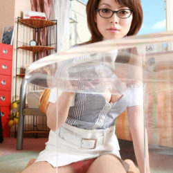 結構可愛いメガネ娘がふしだらな姿になった画像をどうぞ[30枚]