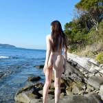 お姉さんがビーチでナマ露出してる画像で、まったりシコシコ[36枚]