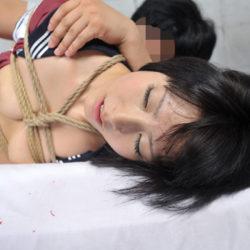 色っぽいJKコス美女が緊縛されてSM調教でイカされちゃう画像をご覧ください[27枚]
