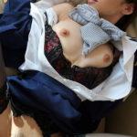 色っぽいスッチーお姉さんが着衣のままでエッチなおねだりしてる画像のエロさは最強[15枚]