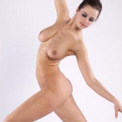 """<span class=""""title"""">エッチなバレエダンサーが全裸でヌード姿になった画像、勃起まで6秒ですわ[18枚]</span>"""