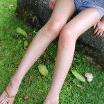 細身で綺麗な女の子がエロ脚と太ももを見せてくれる画像をお楽しみ下さい[30枚]