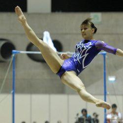 結構可愛い体操美女がマンコの形を見せちゃってる画像が欲しいんだが[18枚]