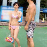 【画像+動画】プールで意気投合した色っぽい女の子が水着で騎乗位で腰を振りまくる画像がたまらんエロさ[25枚]