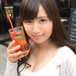 【画像+動画】LINEの掲示板でナンパしたFカップ巨乳の美人さんがお口でご奉仕する画像って必ず抜けるよね[25枚]